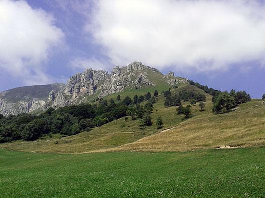 Traversata bassa delle Grigne - Gite in Lombardia