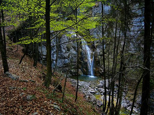 Sentiero delle Tracce in Val Negrini - Gite in Lombardia