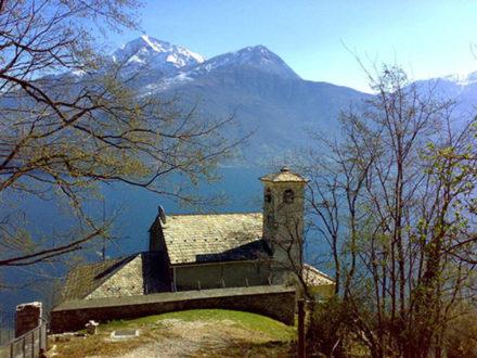 La chiesa di Sant'Eufemia e il Giardino del Merlo