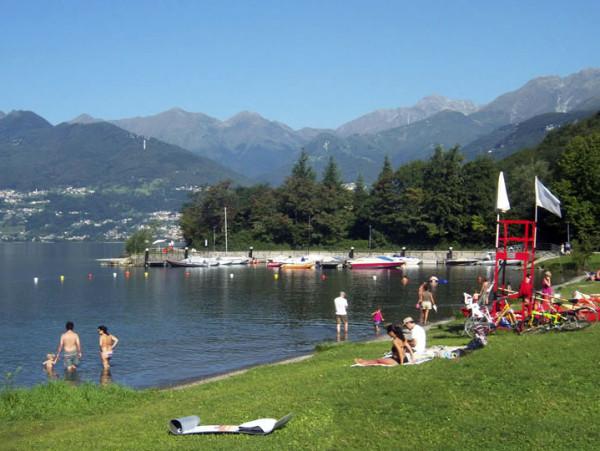 spiagge in lombardia top10 per fare il bagno d estate