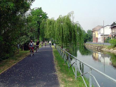 Pista Ciclabile del Naviglio della Martesana: Milano-Adda
