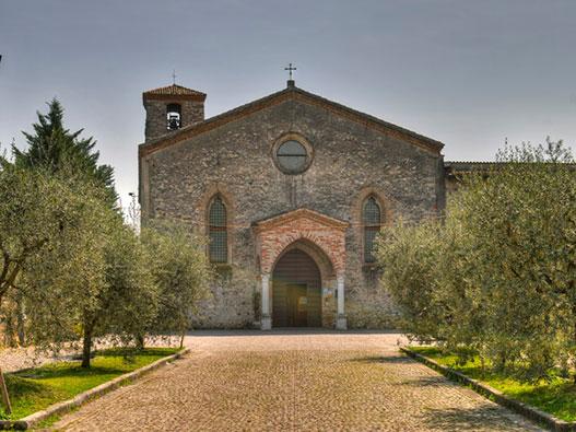 Santuario-della-Madonna-del-Carmine