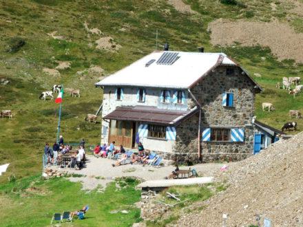 Escursione in montagna al Rifugio Grassi - trekking Lecco e Bergamo