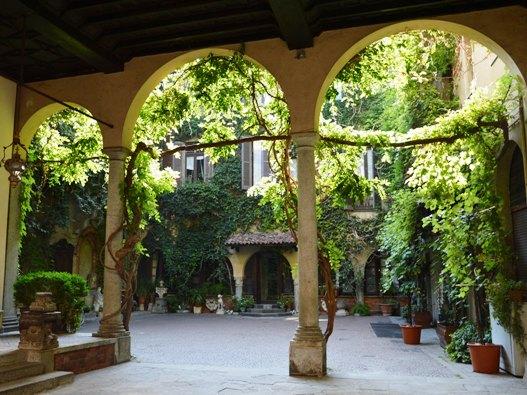 Vigna di Leonardo e la Casa degli Atellani